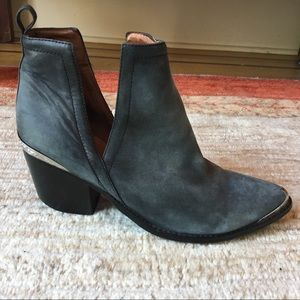 Jeffrey Campbell Cromwell Suede Booties Size 11